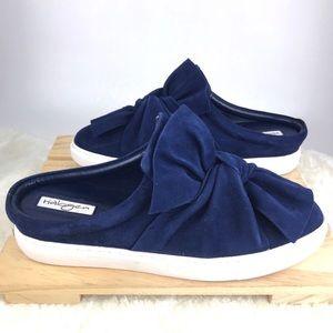 [Halogen] Blue Suede Bow Knot Slip on